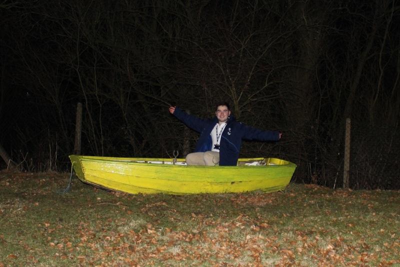 ♫ I'm on a boattttt