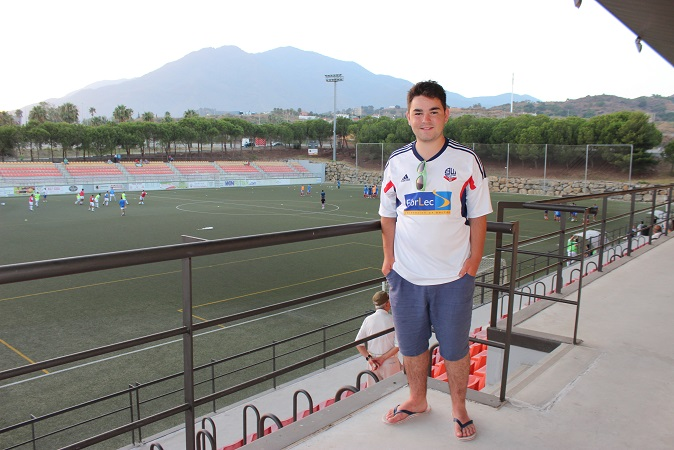 Me inside Estadio Francisco Muñoz Pérez