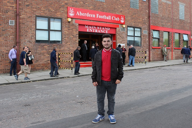 Me outside Pittodrie
