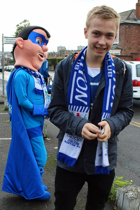 The club mascot and Super Nash