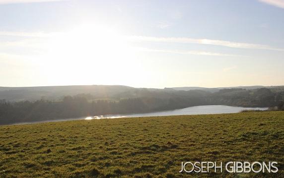 Neighbouring reservoir