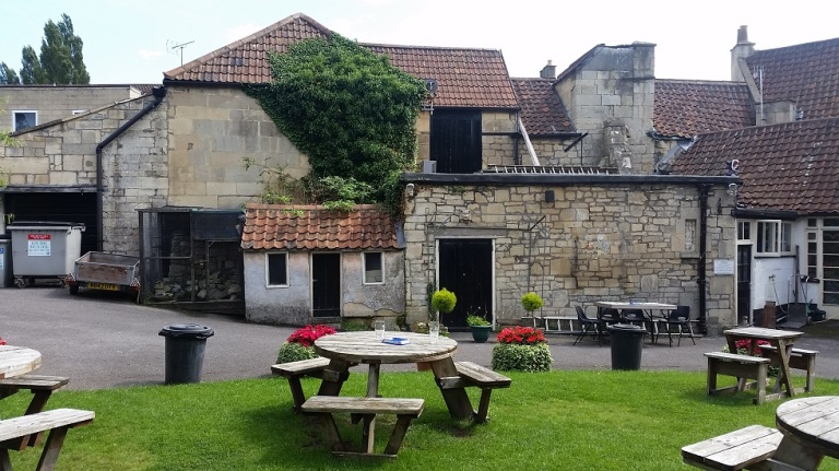 The Larkhall Inn